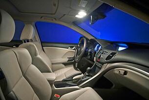 Luci auto a led per interni philips automotive lighting for Luci led per interni